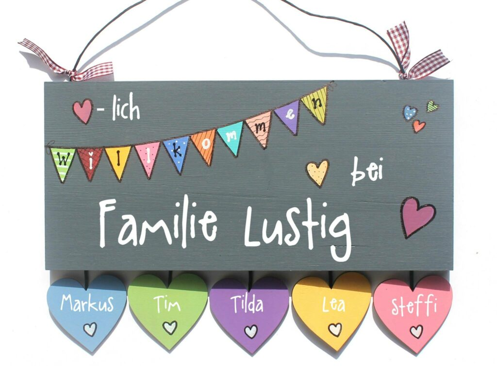 Holztürschild Familie Lustig